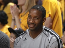 Tracy McGrady to Give Pitching a Try