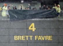 Packers Retire Brett Favre's Jersey On Thanksgiving